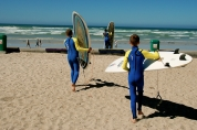 Matt & Sam ready to surf in Muizenberg.